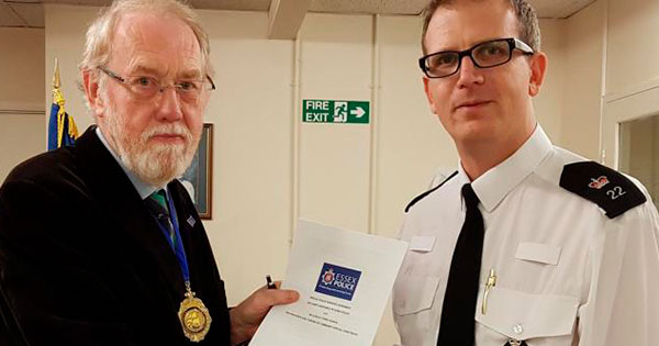 Billericay Town COuncil sign special constable agreement