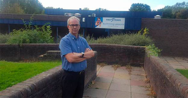 Phil Turner outside Billericay Swimming Pool