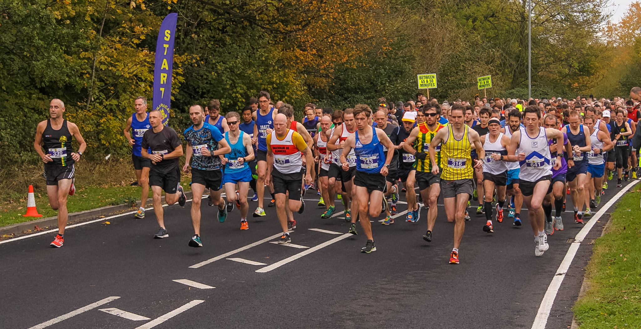 Billericay Striders 10k race starting line